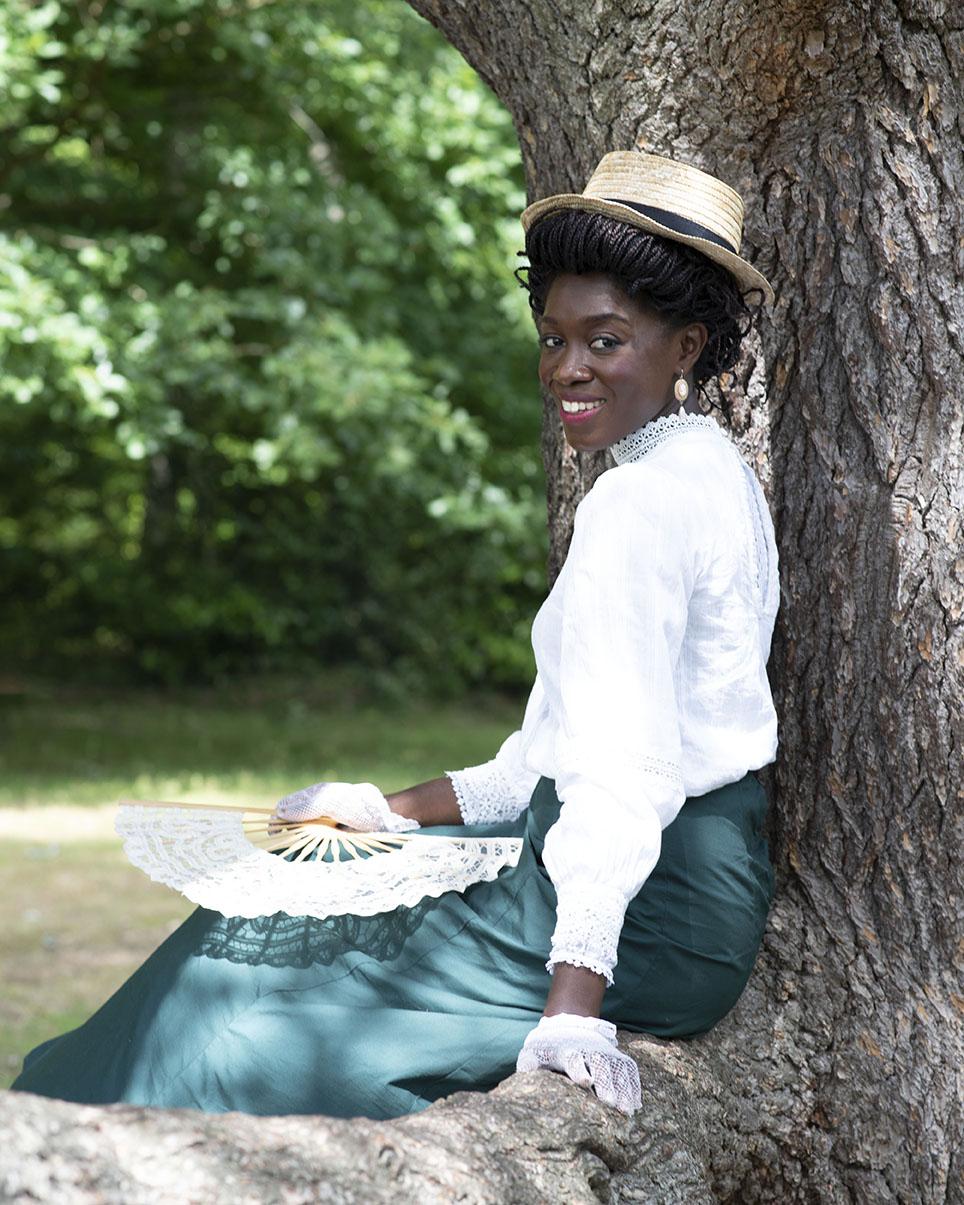 Portrait de l'influenceuse Aurore Brou, @myinternationalaffairs