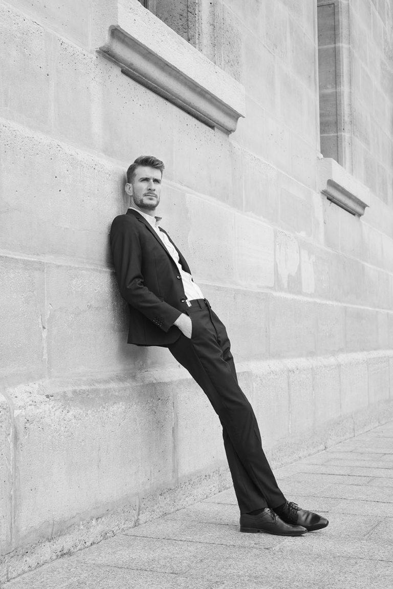 Portrait de l'artiste Vincent Ménard, @vincentmenard.vm